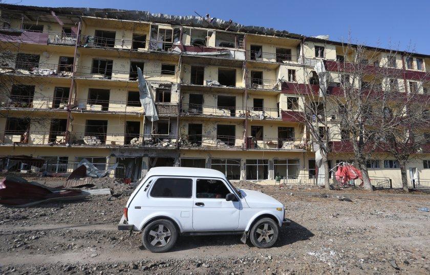 Азербайджан, Армения и Русия подписаха споразумение за пълно прекратяване на огъня в Нагорни Карабах