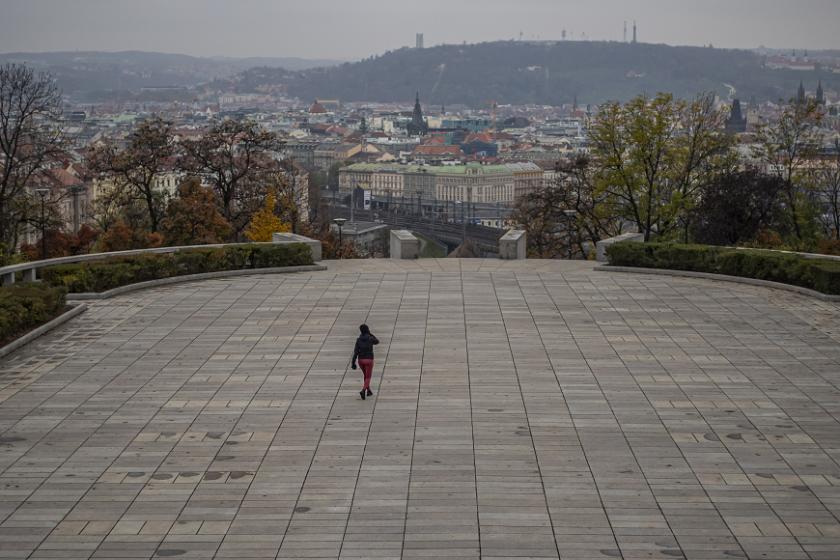 Чехия удължи извънредното положение до 12 декември
