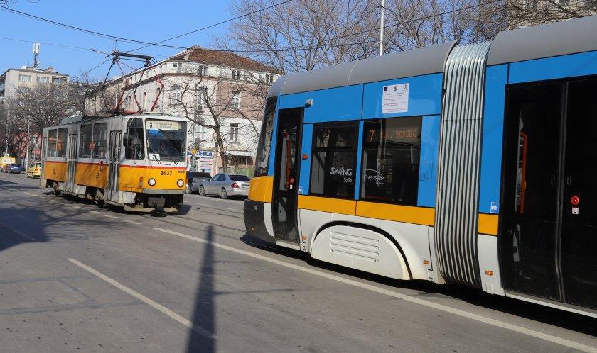 предложение градският транспорт софия работи намалено работно време