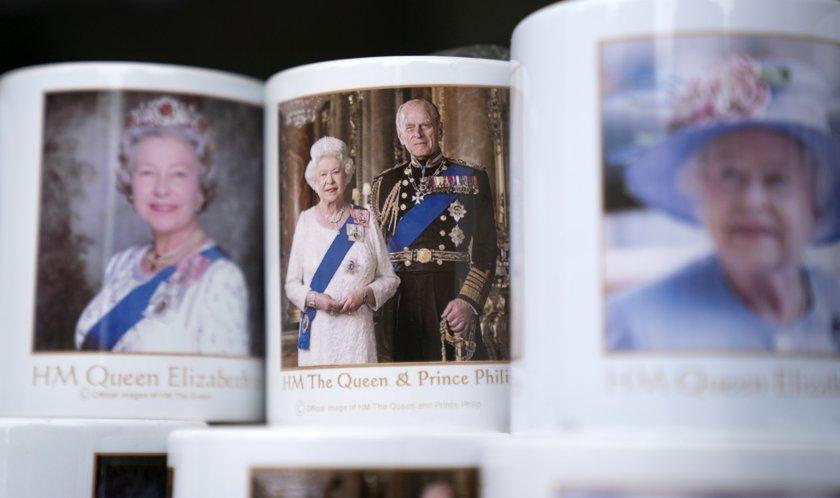 кралица елизабет принц филип отпразнуваха години брак