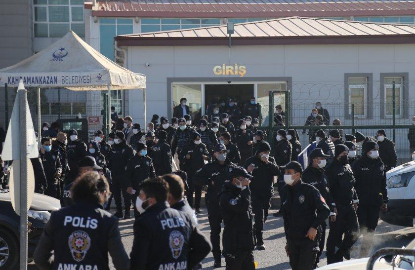 Доживотни присъди получиха организаторите на опита за преврат в Турция