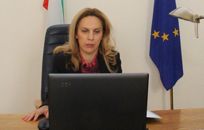 марияна николова българия предприема комплексни цялостни мерки посрещане демографските предизвикателства