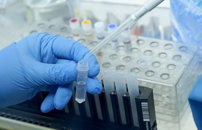 Половината от изследваните с антигенни тестове в Бяла са заразени с COVID-19