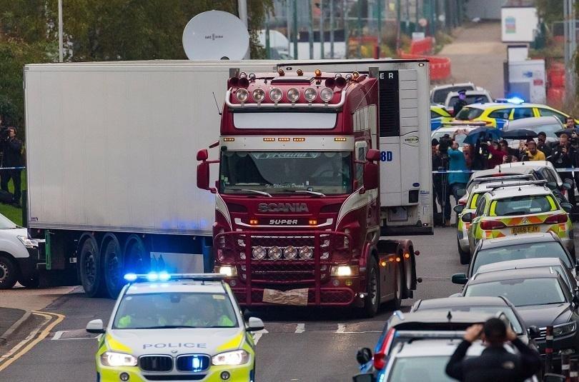 Признаха двама за виновни за смъртта на 39 мигранти в хладилен камион