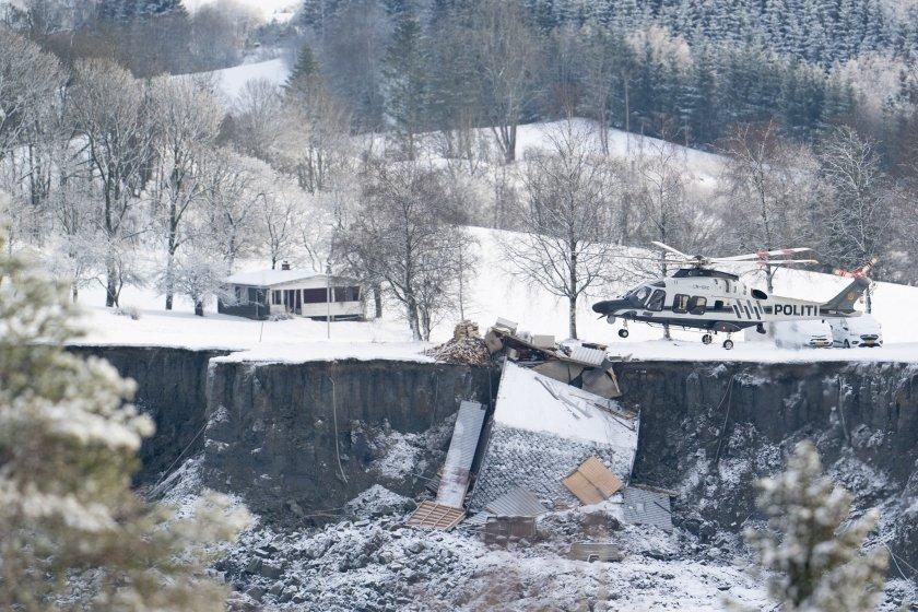 свлачището норвегия души неизвестност къщи сравнени земята