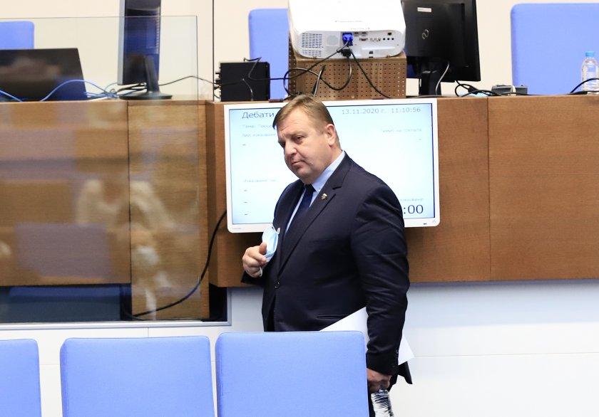 Красимир Каракачанов: Здраве, кураж и преданост към Родината през 2021 г.