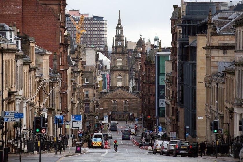 въвеждат задължителен тест covid влизане англия шотландия