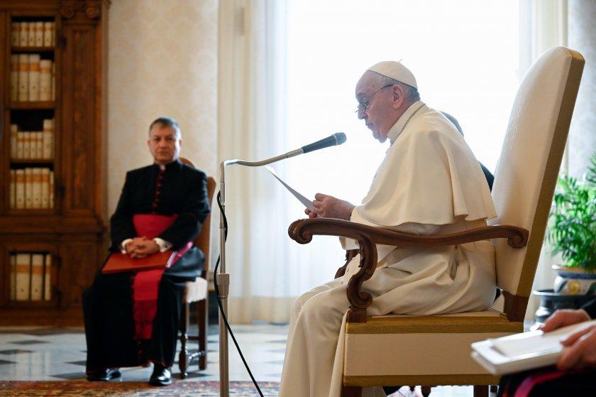 папа франциск ваксинирал коронавирус