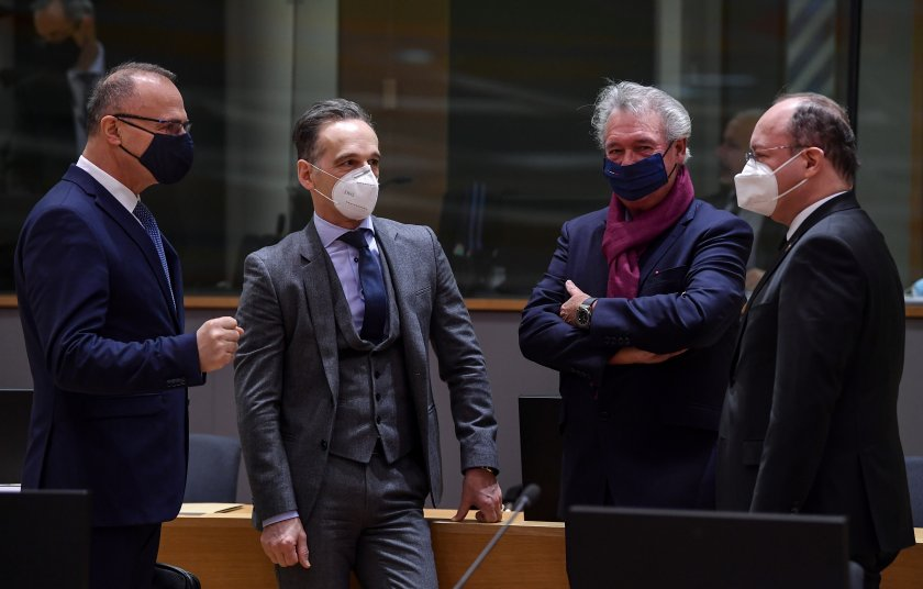 външните министри обсъждат санкции русия заради ареста навални