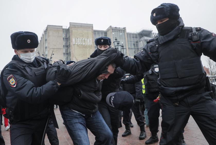 московската полиция започна арести началото митинга навални
