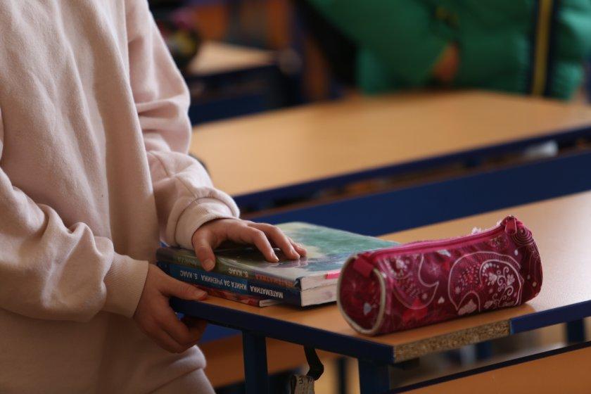 Ротация: 140 000 ученици от 5-и, 10-и и 11-и клас се върнаха в клас