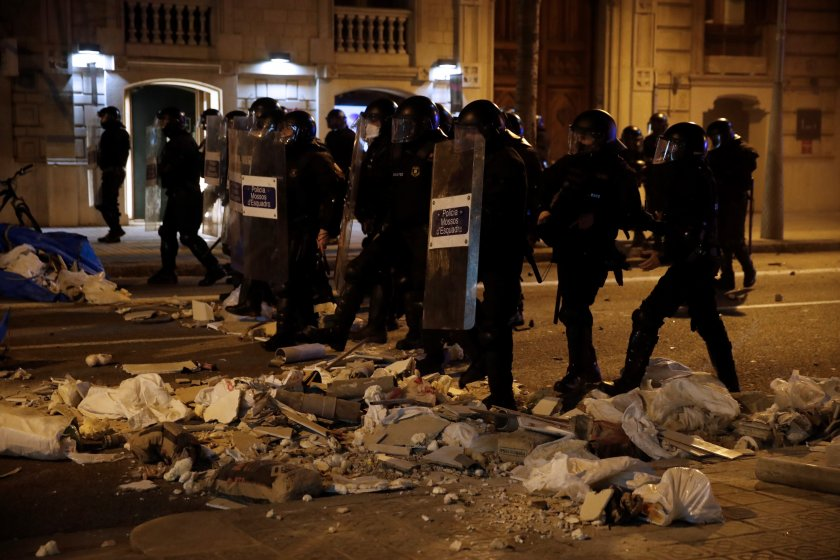 задържани протестите подкрепа рапър каталуния