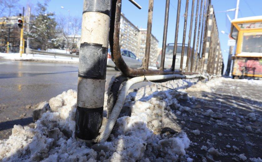 """Община """"Триадица"""" извърши проверка на мястото, където при токов удар загина момче"""