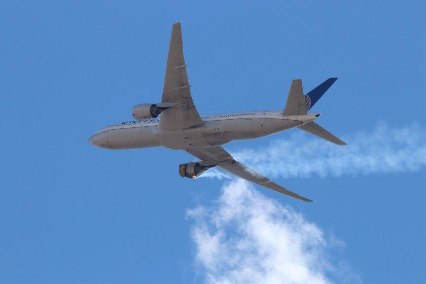 """Авиокомпанията """"Юнайтед Еърлайнс"""" проверява самолетите """"Боинг 777"""""""