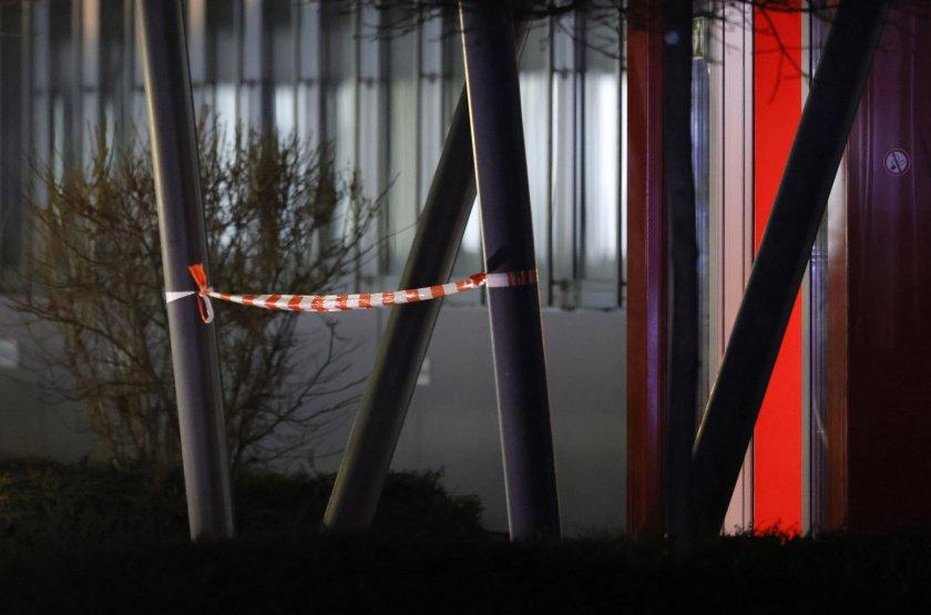трима ранени взрив централата голяма търговска верига снимки