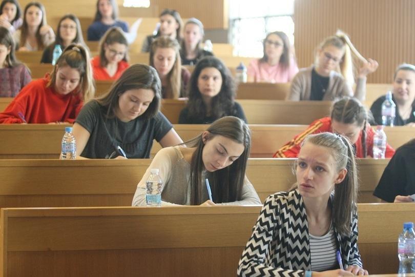 41 висши училища ще приемат с резултати от държавните зрелостни изпити през 2021 г.