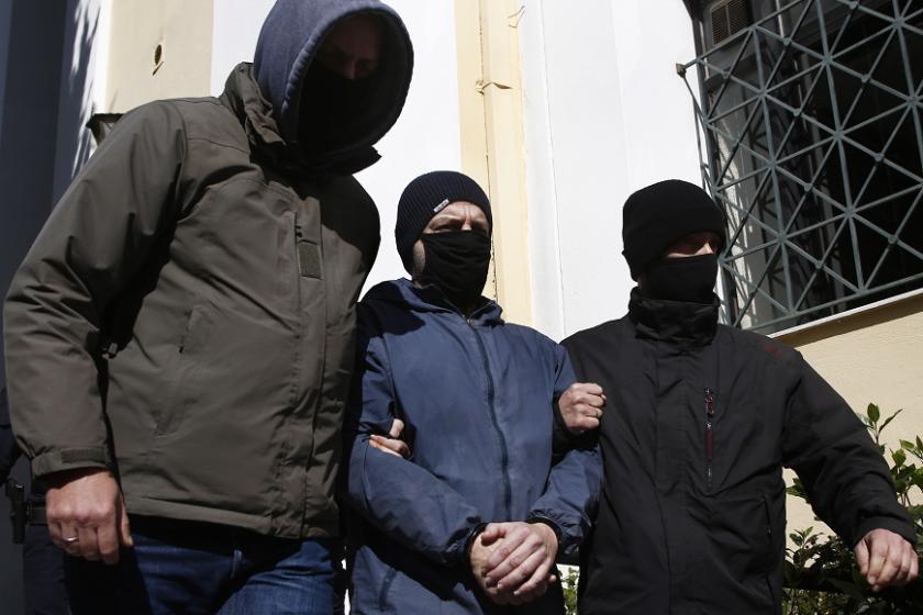 известен гръцки актьор остава ареста обвинение сексуално насилие непълнолетни момчета