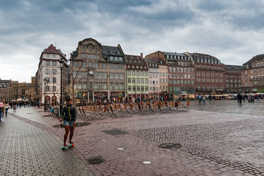 общественият транспорт страсбург става безплатен деца