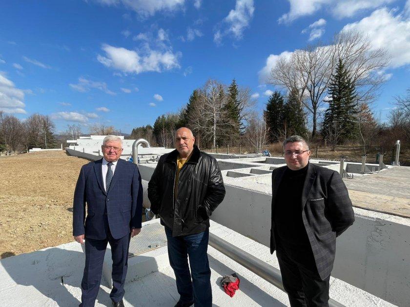 борисов посети новата пречиствателна станция питейни води перник