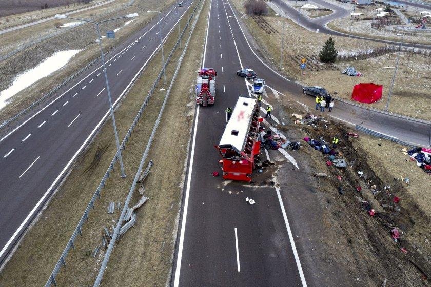 загинали ранени катастрофа украински автобус полша