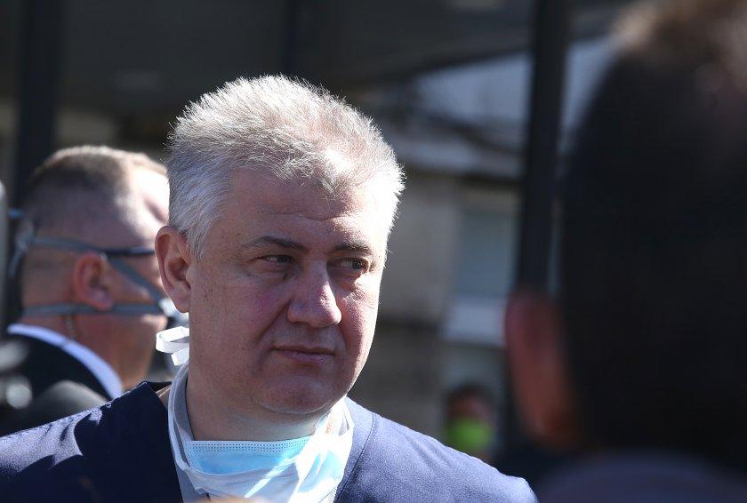 проф балтов новата вълна коронавируса ограничена