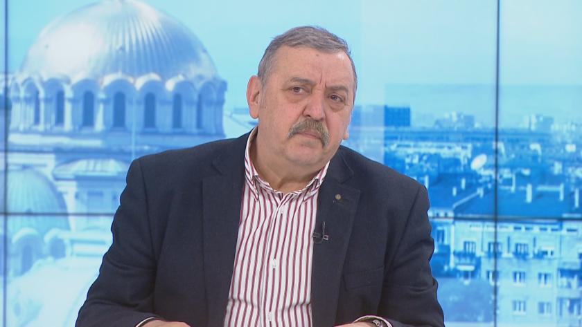 Проф. Тодор Кантарджиев: Преболедувалите е достатъчно да бъдат ваксинирани с една доза