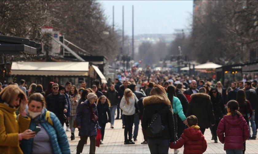пълни улици заведения софия