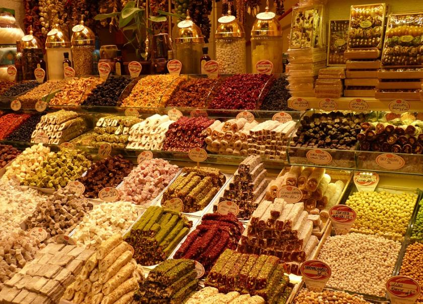 На пазар в Турция: Увеличението на цените притиска жителите на Анкара