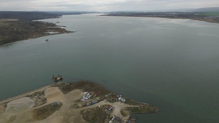 Спряха изтичането на отпадни води във Варненското езеро