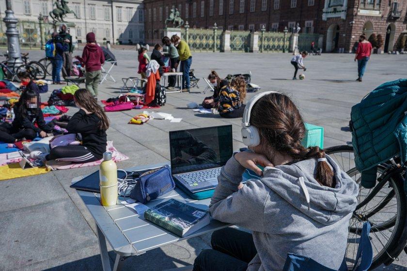 Италия облекчава мерките след Великден