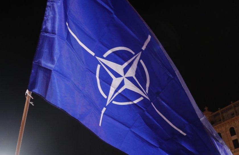Министрите на външните работи на страните от НАТО се събират
