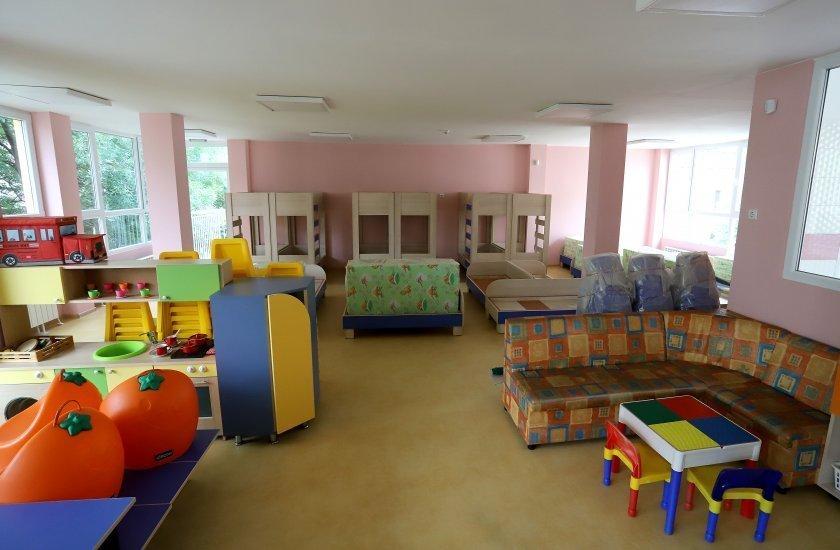 1330 повече места детските градини обявиха столична община