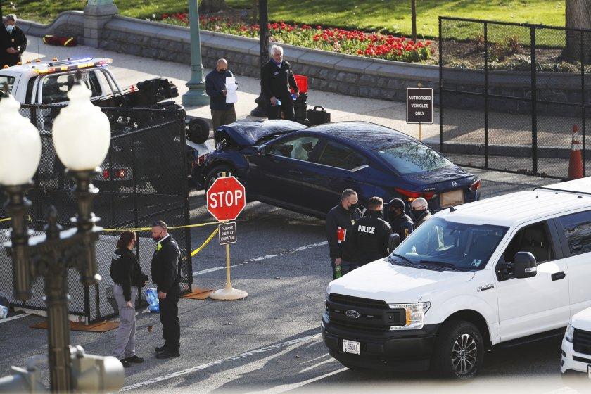 Нападателят, който вчера уби полицай и рани друг пред Капитолия