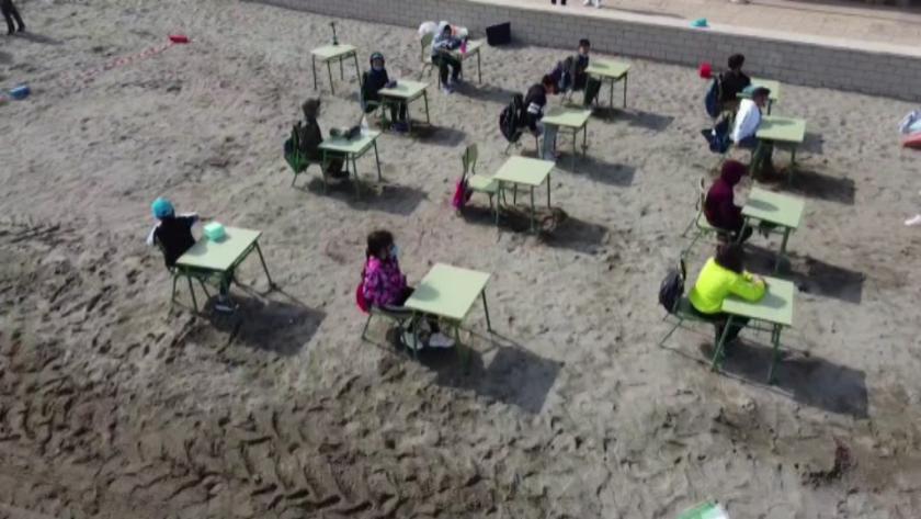 В още няколко европейски страни ученици се завърнаха в час.