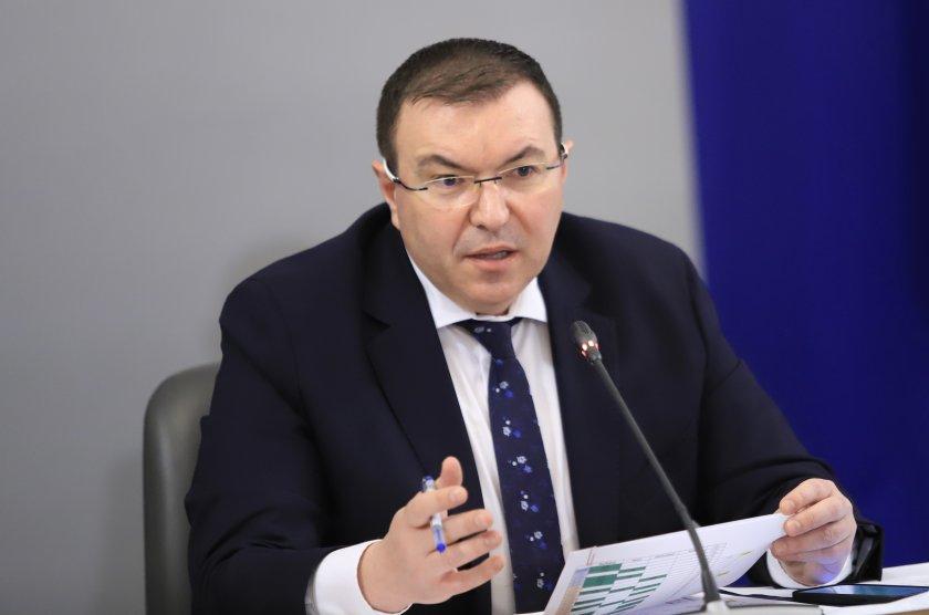 министър ангелов обмисляме разхлабването мерки