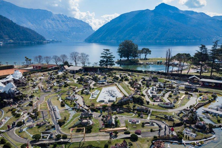 В Швейцария вече се предлагат безплатни бързи тестове за COVID-19.
