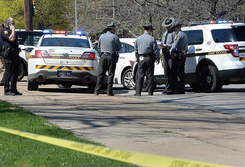 убиецът фейсбук самоуби кратко преследване полицията сащ