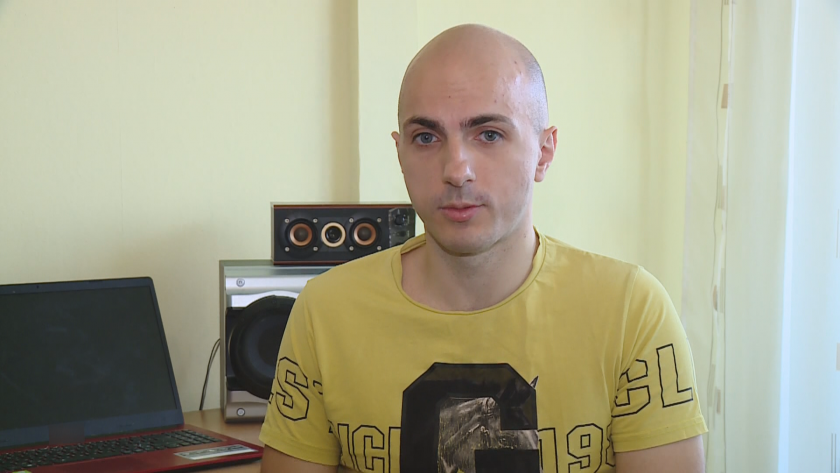 През 2016 г. Александър Иванов е диагностициран с параноидна шизофрения,