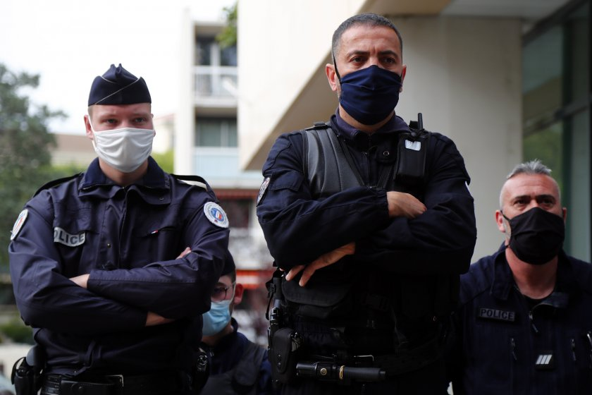 Четвърти арестуван за смъртоносното нападение във Франция