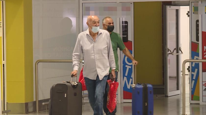 първите туристи израел пристигнаха варна