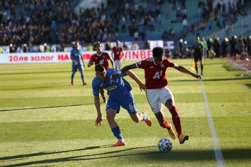 Отборът на ЦСКА-София победи Левски с 2:0 в дербито на