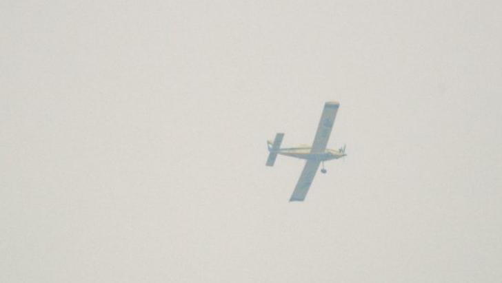 малък самолет падна париж четирима загинаха