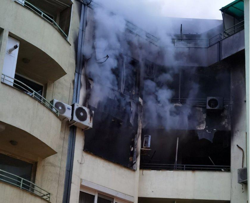 Жена почина при пожар в жилищна кооперация в Пазарджик