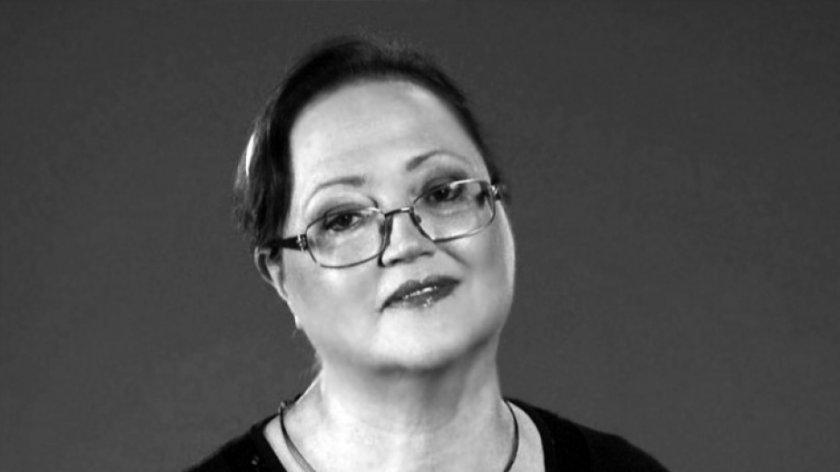 Днес се прощаваме с незабравимата певица Ваня Костова.Тя си отиде