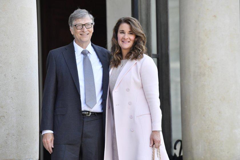 Милиардерът Бил Гейтс и жена му Мелинда Гейтс обявиха, че