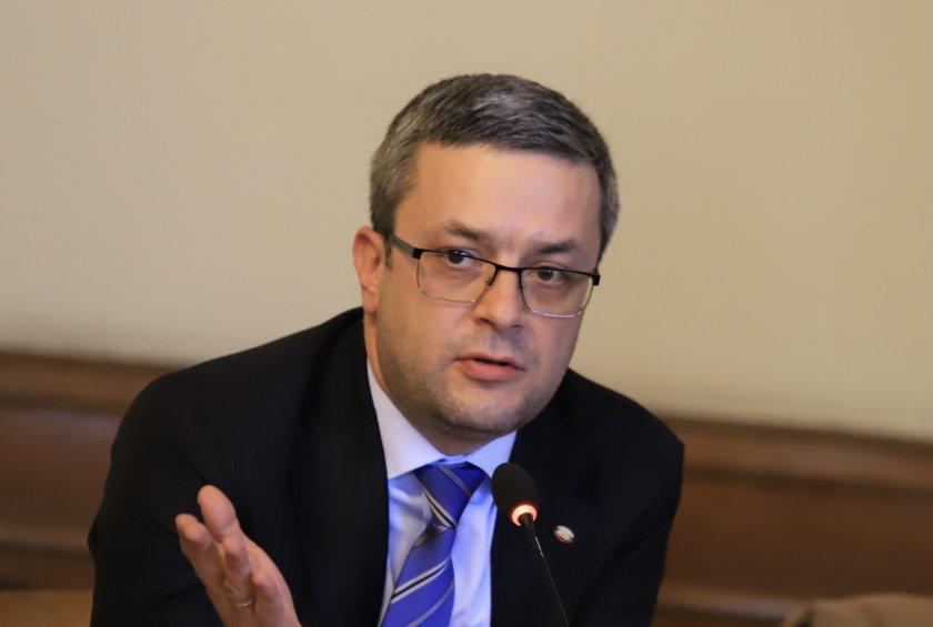 тома биков отговори обвиненията трифонов връзка изборния кодекс