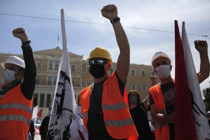 стачка блокира транспорта гърция