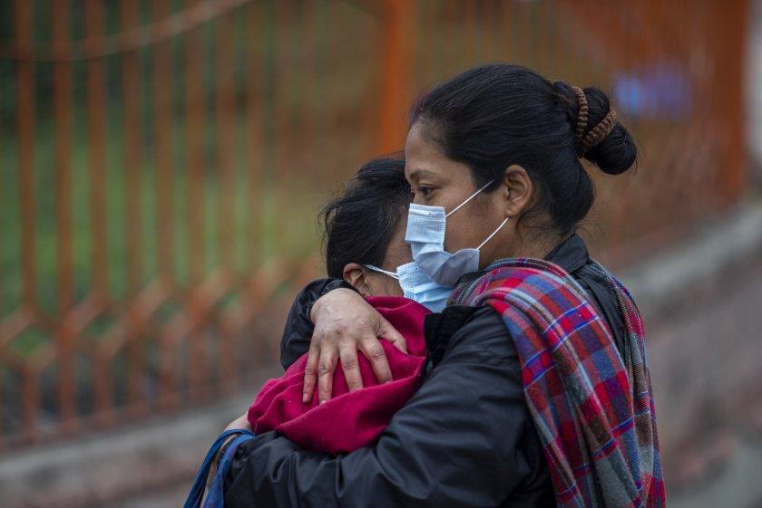ковид криза непал липсват легла медикаменти кислород