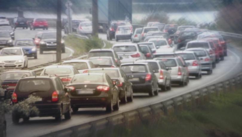 близо половин милион превозни средства напуснали софия април