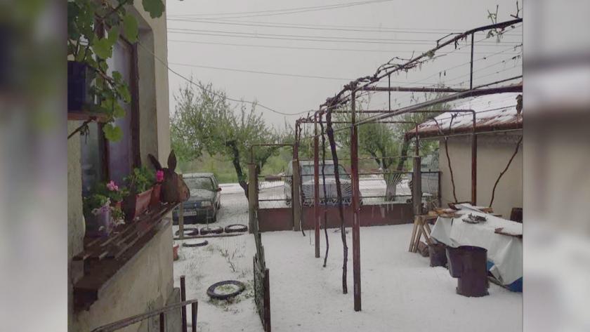 Мощна градушка удари Северозападна България. Най-много е валяло край монтанското
